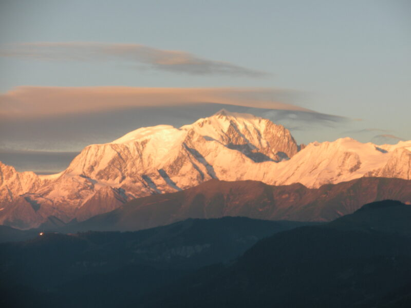 Balade coucher de soleil sur le Mont Blanc avec  pique- nique